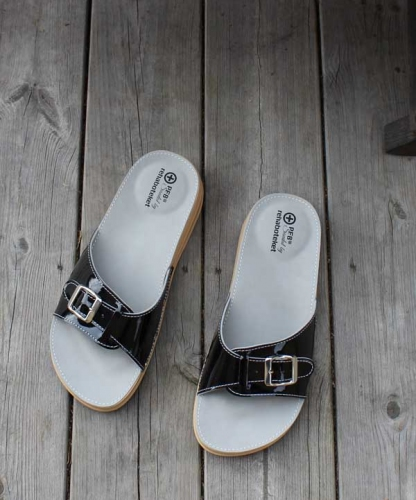 Sandaali Kantapiikille PF8